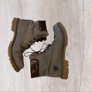 Preowned women's Timberland boots sz9.5